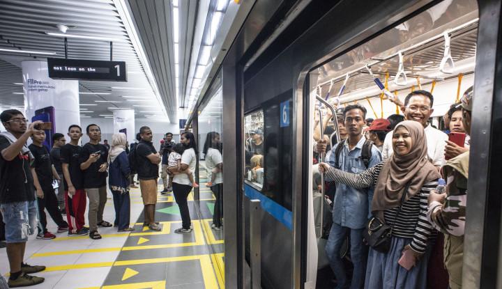 Naik MRT Lebih Cepat dari Ojol? - Warta Ekonomi