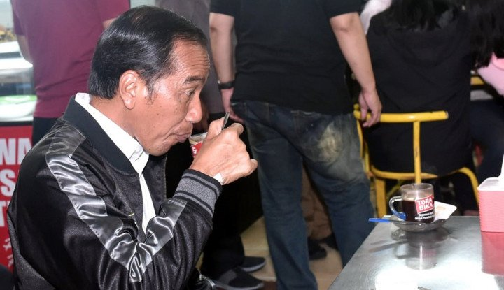 Jokowi dalam Posisi Bahaya - Warta Ekonomi