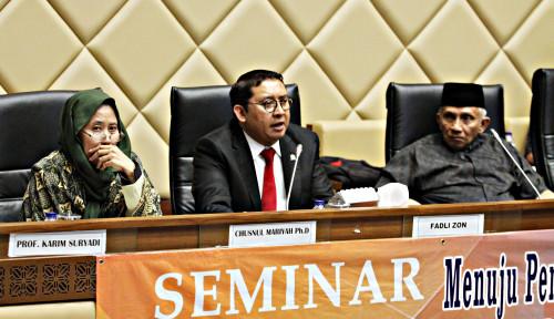 Foto Fadli Zon Tak Langsung Percaya dengan Lembaga Survei...