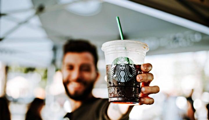 Starbucks Buka Gerai Kedua di Stasiun MRT - Warta Ekonomi