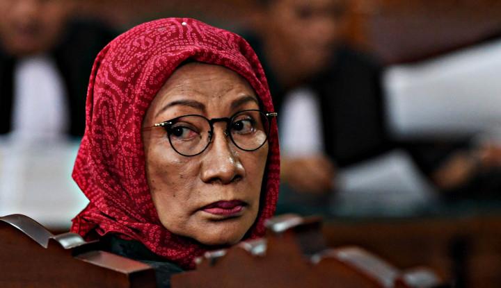 Hasil gambar untuk Sidang Vonis, Hakim Semprot Ratna Sarumpaet