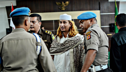 Foto Tunggu Saya Keluar Jokowi, Habib Bahar Ngancam?