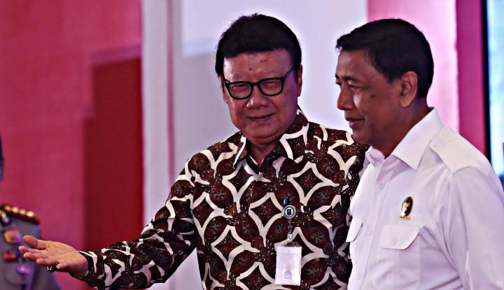 Wiranto Ditusuk, Menteri Tjahjo: Memang, Dia Gak Mau Dikawal - Warta Ekonomi