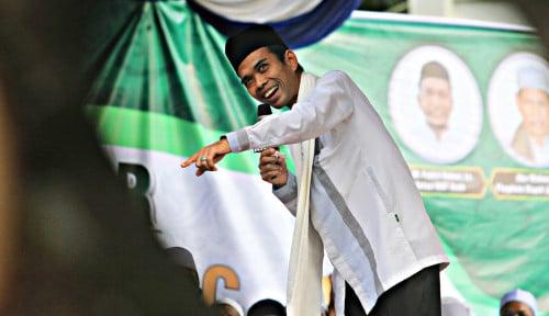 Foto Penuhi Panggilan MUI, Ustad Somad Tak Bersuara