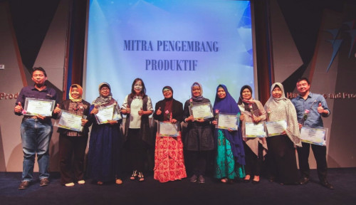 Foto CNI Berikan Penghargaan Bagi Mitra-mitra Berprestasi
