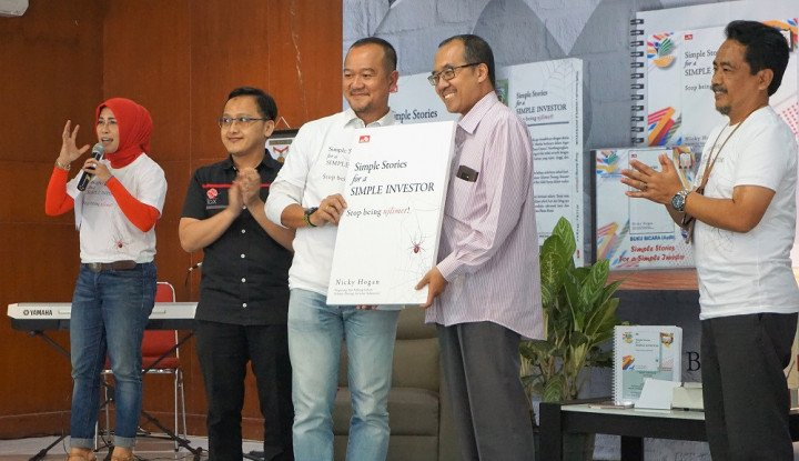 Mulia Banget, Mantan Direktur BEI Luncurkan Buku Investasi untuk Para Difabel - Warta Ekonomi