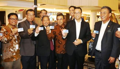 Foto Dirut Bank DKI Batal Dilantik Anies, Kok Bisa?