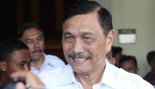 Foto Luhut Kasih Puja-Puji Harum ke Jokowi, Kode Nih?