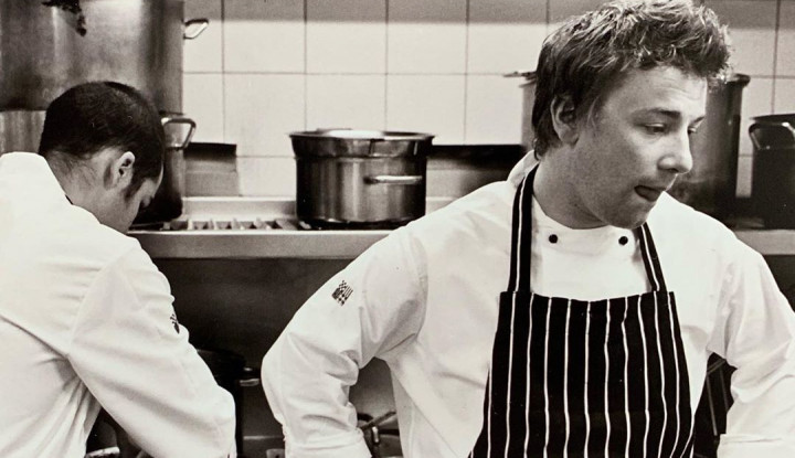 Selain Jamie Oliver, Ini Dia Daftar Chef Terkaya di Dunia, Ada Chef Juna? - Warta Ekonomi