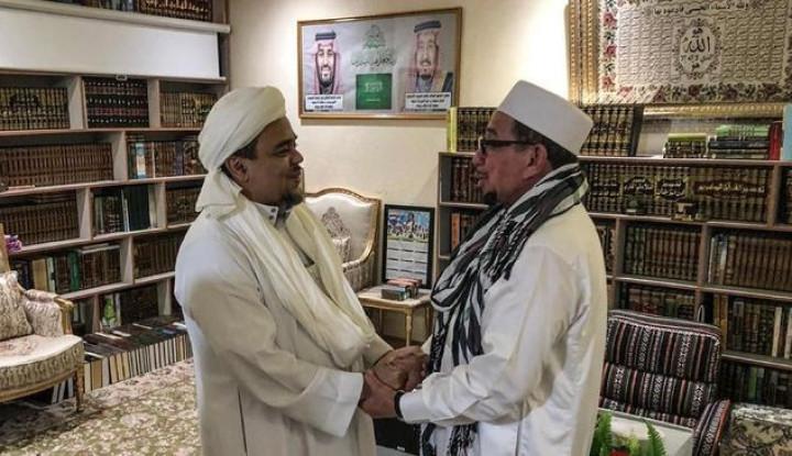 Sudah Benar Habib Rizieq Tolak Bertemu dengan Jokowi di Mekkah - Warta Ekonomi