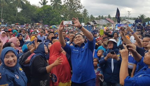 Foto Rachmat Gobel: NasDem Menang, Gorontalo Sejahtera, Insya Allah
