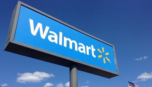 Foto Walmart Gugat Tesla Atas Kasus Kebakaran Atap Panel Surya
