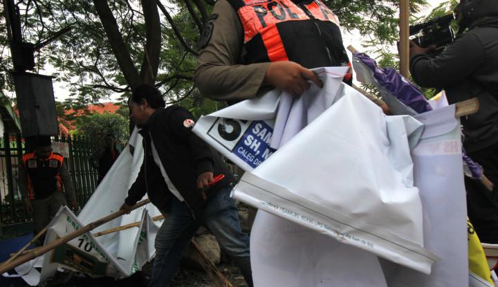 Masuk Masa Tenang, Baliho Caleg Sudah Termasuk Sampah - Warta Ekonomi