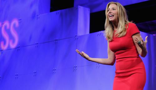 Foto Gils! Berawal dari Sales, Sara Kini Jadi Miliarder Ternama