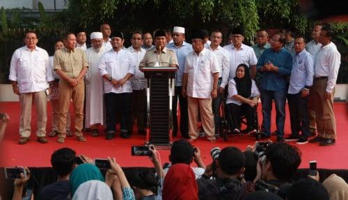 Foto Peringatan Keras Luhut: Ada Tokoh Senior yang Memanas-manasi Prabowo