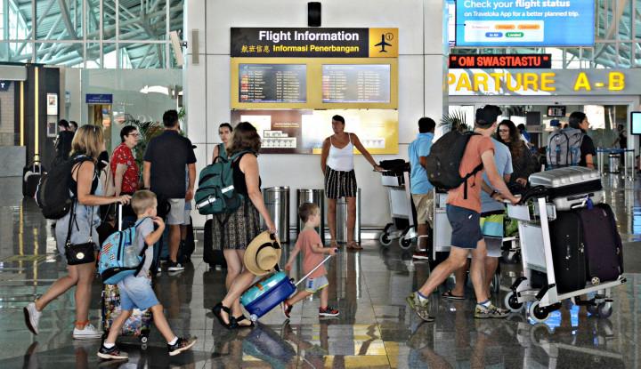 RUU KUHP Buat Turis Tak Mau ke Indonesia, Ini Buktinya! - Warta Ekonomi