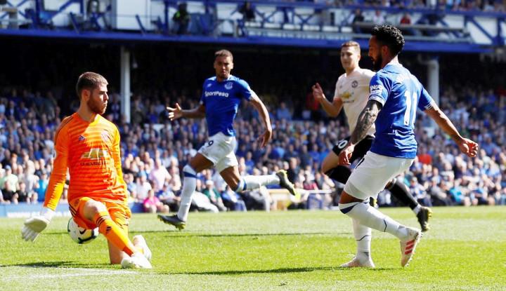 Everton Tanpa Ampun Permalukan MU 4-0 - Warta Ekonomi