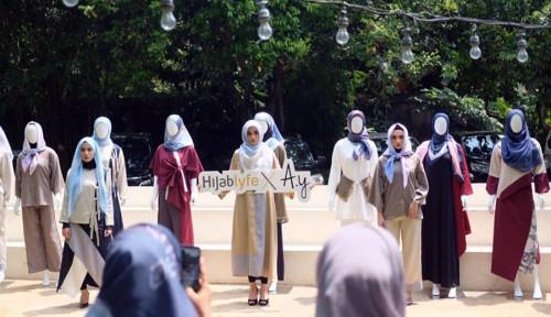 Foto Next Brand Luncurkan Produk Hijab Eksklusif, Konsumen Bisa Buat Brand Sendiri