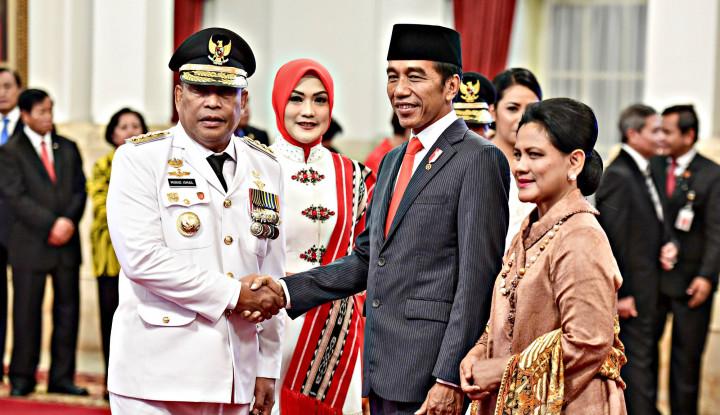 Jokowi Lantik Murad Ismail Jadi Gubernur Maluku - Warta Ekonomi