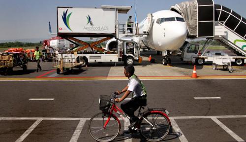 Foto Baru Sebentar, Diskon Tiket Pesawat Bakal Dihapus Nih?