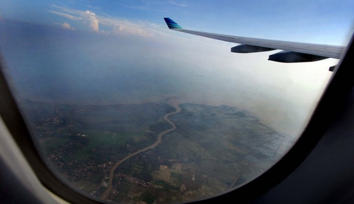 Dilanda Kabut Asap, Bandara Supadio Pontianak Hentikan Semua Penerbangan - Warta Ekonomi