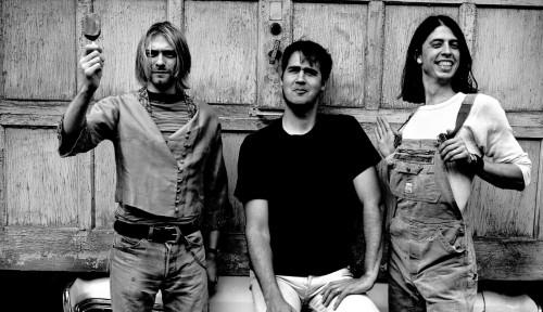 Foto Cardigan Buluk Alm. Kurt Cobain Dihargai Rp4,6 Miliar