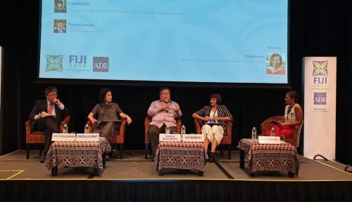 Foto Kepala Bappenas Tegaskan Peran Perempuan dalam Pembangunan Indonesia