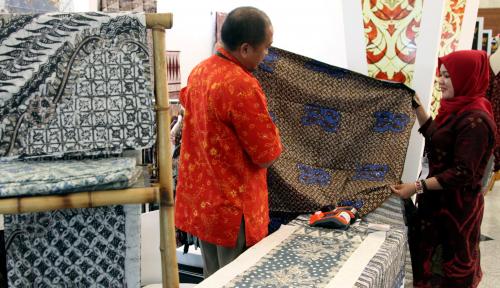 Foto Tembus Pasar Dunia, Ekspor Batik Ditargetkan Tumbuh 8%
