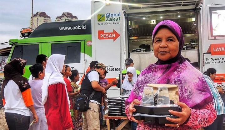 Dnars Indonesia dan Bogor Raincake Bersama ACT Bagikan 2.500 Porsi Makanan Berbuka - Warta Ekonomi