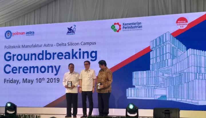 Airlangga Hadiri Groundbreaking Kampus Polman Astra Delta Silicon