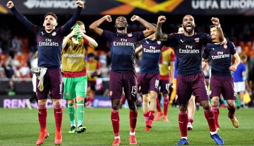 Foto Arsenal Bikin Valencia Babak Belur 4-2, Lolos ke Final