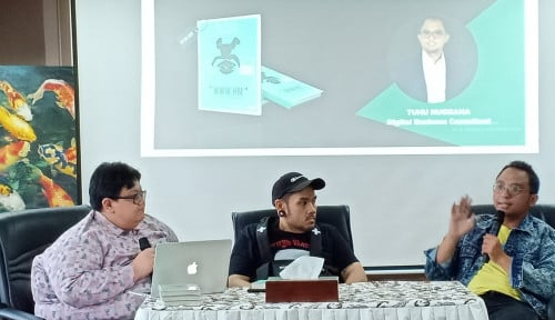 Foto Membedah Dunia Digital Marketing dan Social Media