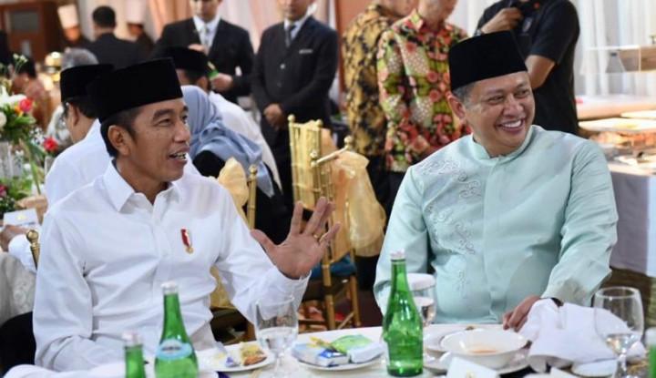 Di Hadapan Jokowi, Bamsoet Tegaskan People Power Tak Relevan - Warta Ekonomi