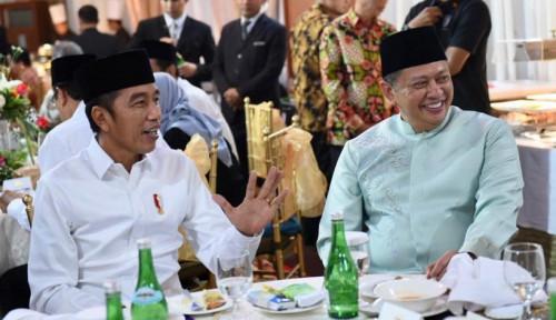 Foto Jangan Geer, Jokowi Tak Dukung Airlangga di Munas Golkar