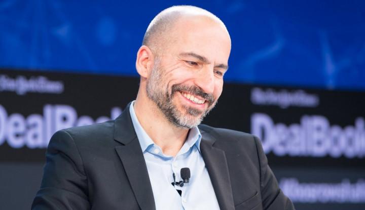 Komentar CEO Uber terkait Robotaxi Besutan Elon Musk - Warta Ekonomi