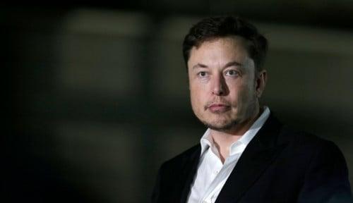 Foto Waduh! Elon Musk Kecewa Bill Gates Beli Mobil Listrik Porsche daripada Tesla