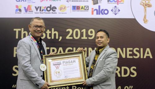 Foto Sabet Printpack Indonesia Awards, AXI Mantapkan Posisi Sebagai Top Online B2B Printing