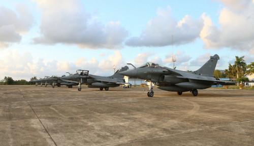 Foto 7 Pesawat Tempur Prancis Mendarat Darurat di Aceh