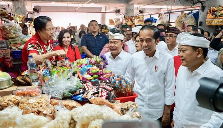 Lakukan Kunjungan ke Pasar Badung, Jokowi Pantau Stabilitas Harga