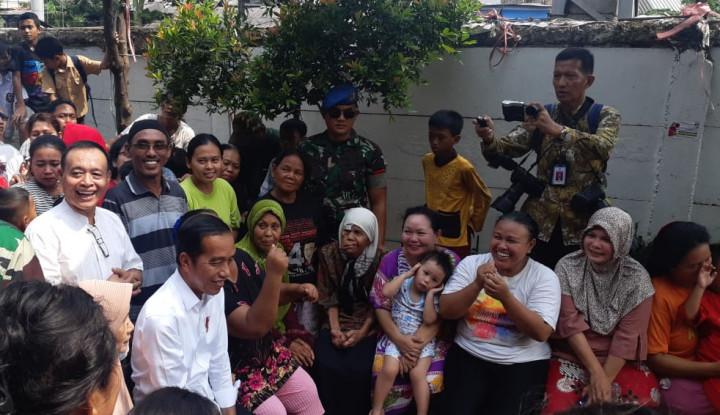 Alasan Jokowi Deklarasikan Kemenangan di Kampung Deret, Hingga Bawa Nama Anies - Warta Ekonomi