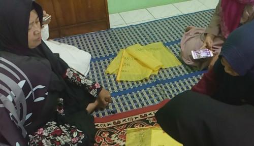 Foto Keluarga Korban Tewas 22 Mei: Insya Allah Mati Syahid