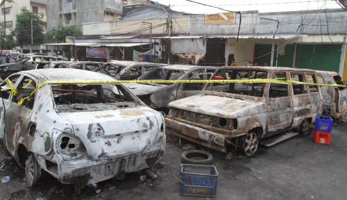 Foto Mobil Masih Kredit Jadi Korban Huru-Hara, Tetap Diganti Asuransi?