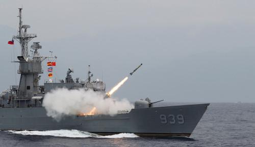 Siaga Perang, Kapal-kapal Perang Militer Taiwan Pagari Pulau Terbesar di LCS