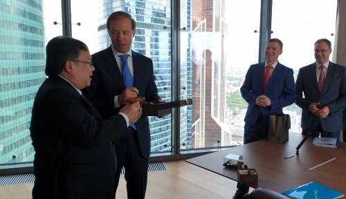 Foto Ke Rusia, Menteri Bambang Genjot Potensi Investasi EBT Hingga Kedirgantaraan
