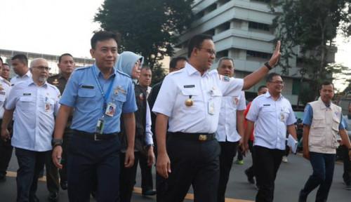 Foto Dituduh Dukung Pendemo 22 Mei, Gubernur Anies Jawab...