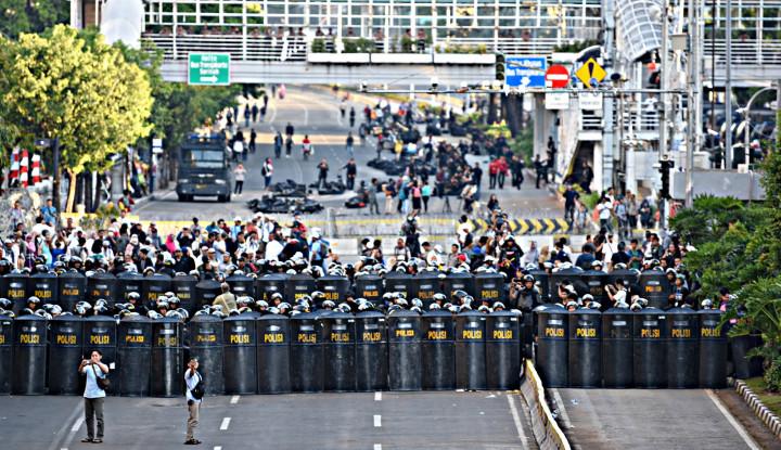 Soal Penembak Misterius Kisruh 22 Mei, Polisi Bilang Punya Saksi Kunci - Warta Ekonomi