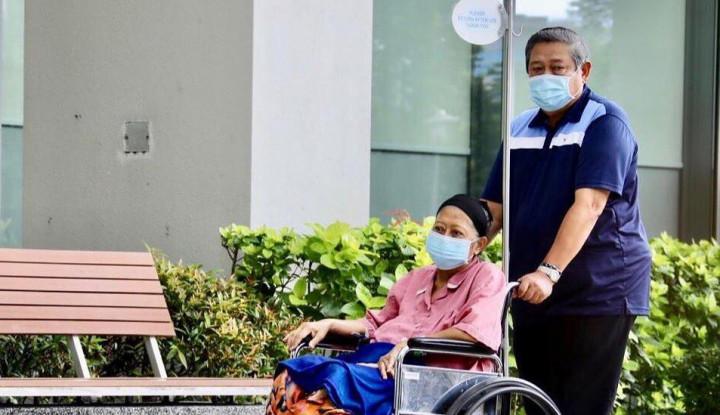 Kenang Ani Yudhoyono NUH Singapura Lakukan...
