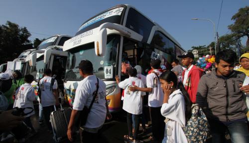Di Mudik Gratis BUMN, RNI Berangkatkan 1.500 Pemudik dengan Bus dan Kapal Laut