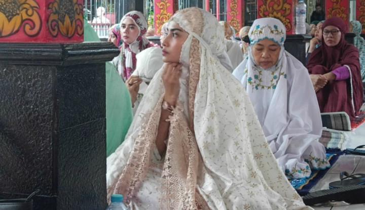 Idul Fitri, Vanessa Angel Menangis di Rutan Medaeng
