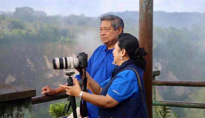 Bukan Cuma Batik, Ternyata Memo Minta Mawar Merah Putih ke SBY, Ini Maknanya! - Warta Ekonomi